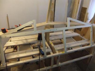 The glareshield frame begins to take shape